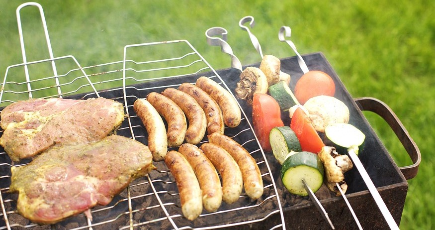 How to keep safe whilst having a barbecue featured image